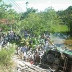 Tin tức trong ngày - Xác định nguyên nhân xe lật ở Quảng Nam