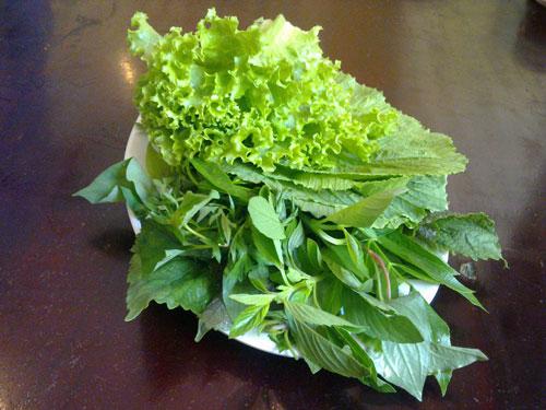 Ẩm thực Nam bộ: Bánh khọt Cô Ba Vũng Tàu - 3