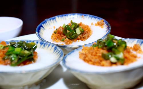 Ẩm thực Nam bộ: Bánh khọt Cô Ba Vũng Tàu - 6