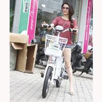 """Xe HKbike tăng giá vẫn """"hút khách"""""""