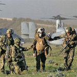 Tin tức trong ngày - Thủ tướng Nhật: Cần tăng sức mạnh tấn công