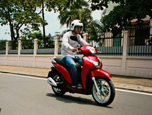 Honda SH Mode: Chẳng ngại đối thủ - 6