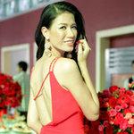 Thời trang - Trang Trần khoe chân dài gợi cảm