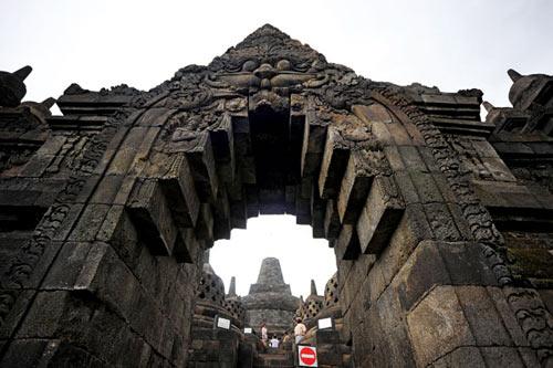 Khám phá vẻ đẹp đền thiêng Borobudur - 4