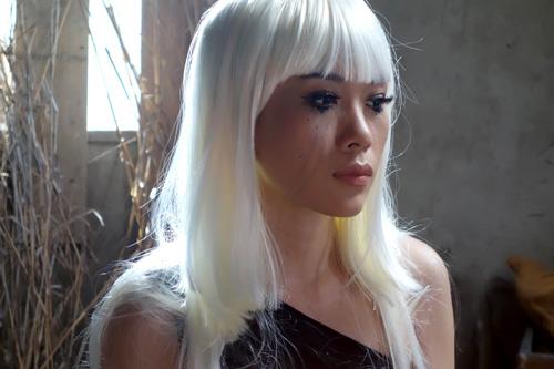 """Mỹ Tâm """"hóa điên"""" trong MV mới - 3"""