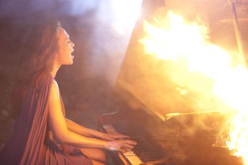 """Mỹ Tâm """"hóa điên"""" trong MV mới - 6"""