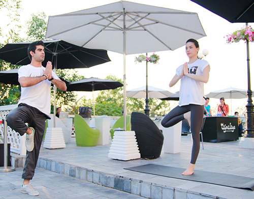 Hồ Ngọc Hà được khen ngợi hết lời, Ca nhạc - MTV, Ho ngoc ha, ha ho, ho ngoc ha tap yoga, bi quyet sac dep ho ngoc ha,ha ho lam co giao, ca si, bieu dien, am nhac, ca nhac, ngoi sao, bao ngoi sao