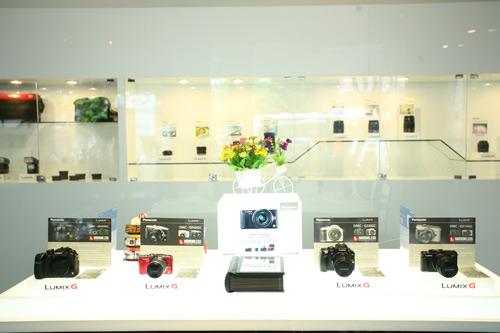 Panasonic ra mắt cửa hàng máy ảnh Lumix G Lounge - 2