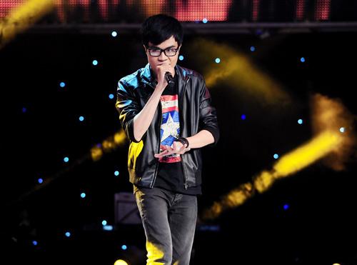 """Quốc Trung bị """"chọc quê"""" tại The Voice - 4"""