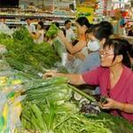Thị trường - Tiêu dùng - Giá xăng không tác động nhiều tới giá cả