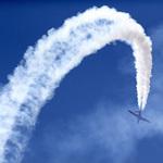 """Tin tức trong ngày - Máy bay """"quần thảo"""" tại Triển lãm hàng không"""
