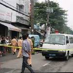 Tin tức trong ngày - Tông xe tải đỗ bên đường, 2 công an tử vong
