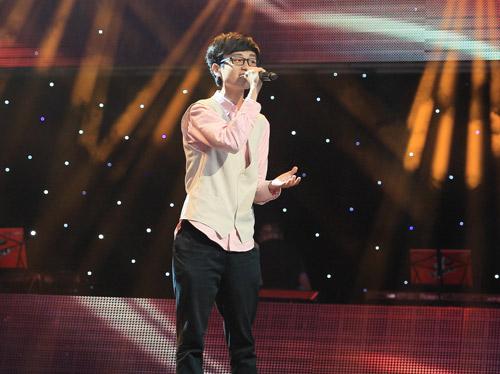 """Cậu bé làm """"náo loạn"""" The Voice Kids, Ca nhạc - MTV, giong hat Viet nhi 2013, the voice kids 2013, giau mat, tap 4, thi sinh, giong ca nhi, Ho Hoai Anh, Luu Huong Giang, Hien Thuc, Thanh Bui, tin tuc"""