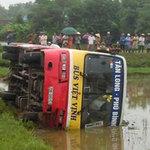 Tin tức trong ngày - Xe buýt gây tai nạn, 3 người thương vong