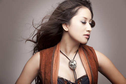 Khánh Thi lại chạm mặt Trần Ly Ly, Ca nhạc - MTV, Khanh Thi, Tran Ly Ly, giam khao, ghe nong, nguoi dong hanh, got to dance, got to dance 2013, nghe sy, tin tuc