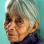 Phi thường - kỳ quặc - Cụ bà 100 tuổi tốt nghiệp tiểu học