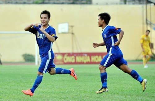 QNK Quảng Nam thăng hạng V-League 2014 - 1