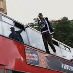 Top 5 clip: Ảo thuật gia bay giữa phố London