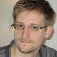 Vụ Snowden: Cây gậy và củ cà rốt của Mỹ