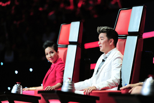The Voice: Hé lộ hình ảnh 4 HLV trong vòng Đối đầu, Ca nhạc - MTV, My Linh, hong nhung, quoc trung, dam vinh hung, the voice, giong hat viet, doi dau, tin tuc, ngoi sao, bao ngoi sao