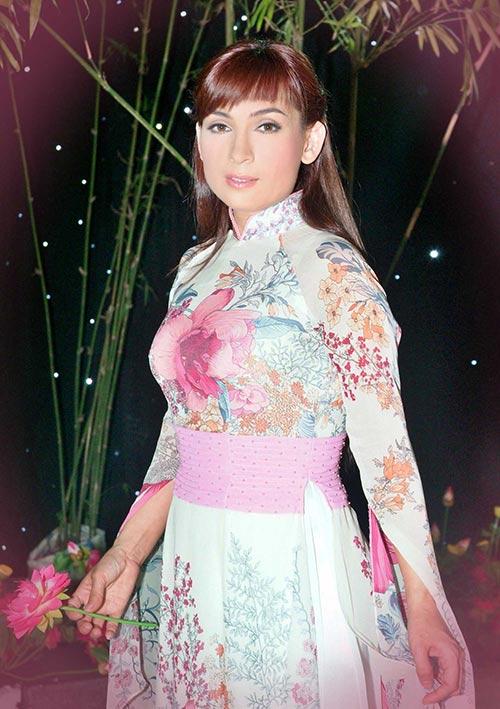 Nghệ sĩ Việt chung tay vì Trái tim hồng, Ca nhạc - MTV, sao viet, sao viet tu thien, ca nhac tu thien, lam truong, Phuong thanh, khanh Ngoc, quach tuan du, hien thuc, vy oanh, ca si, am nhac, ca nhac
