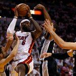 Thể thao - LeBron James & 10 pha ghi điểm đẹp nhất CK NBA