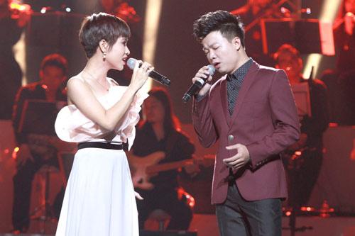 Á quân Sao mai mời Uyên Linh song ca - 2