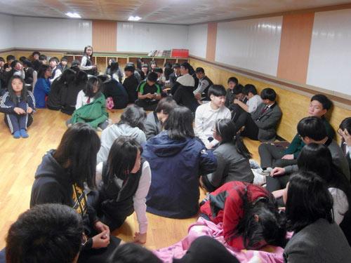 """Hàn Quốc: Đấu pháo với Triều Tiên là """"phù hợp"""" - 2"""