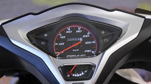 Ra mắt xe tay ga Honda Vario 110 FI nhỏ gọn - 5