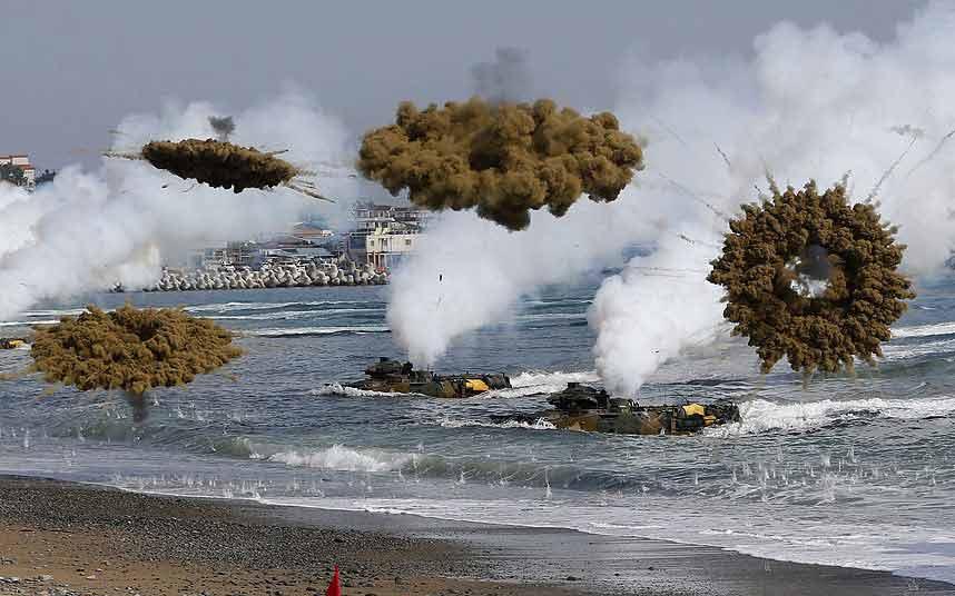 Chùm ảnh: Quân đội Mỹ - Hàn tập trận đổ bộ - 1