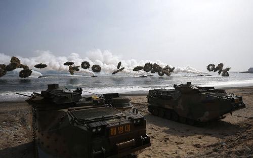 Chùm ảnh: Quân đội Mỹ - Hàn tập trận đổ bộ - 5