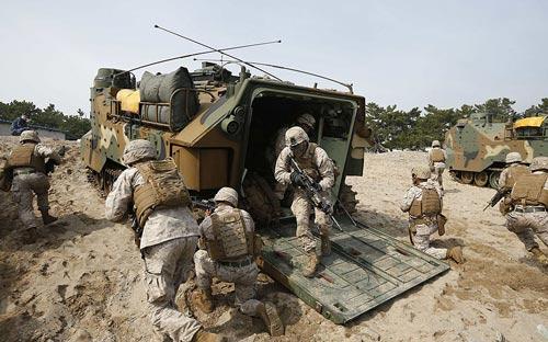 Chùm ảnh: Quân đội Mỹ - Hàn tập trận đổ bộ - 6