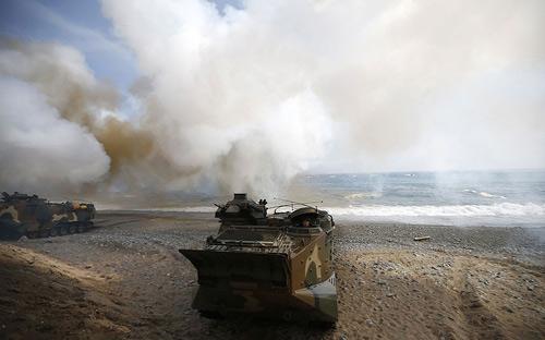 Chùm ảnh: Quân đội Mỹ - Hàn tập trận đổ bộ - 7