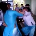 Bạn trẻ - Cuộc sống - Hỗn chiến ở lớp, 2 nữ sinh bị đề nghị kỷ luật