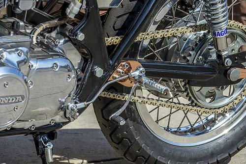 Honda CB750 tỏa sáng với đồng và crôm - 6