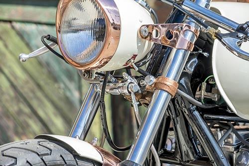 Honda CB750 tỏa sáng với đồng và crôm - 7