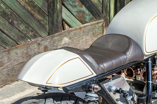 Honda CB750 tỏa sáng với đồng và crôm - 9