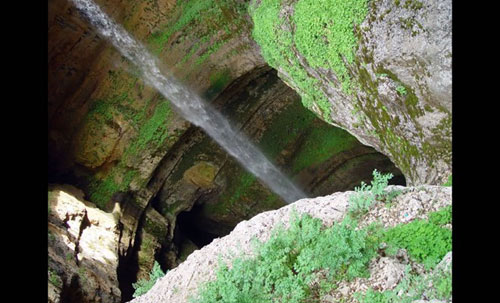 Chiêm ngưỡng ngọn thác ngoạn mục ở Lebanon - 12