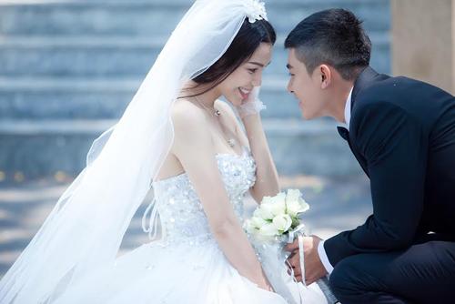 Trà Ngọc Hằng ra mắt MV tình yêu đẹp - 1