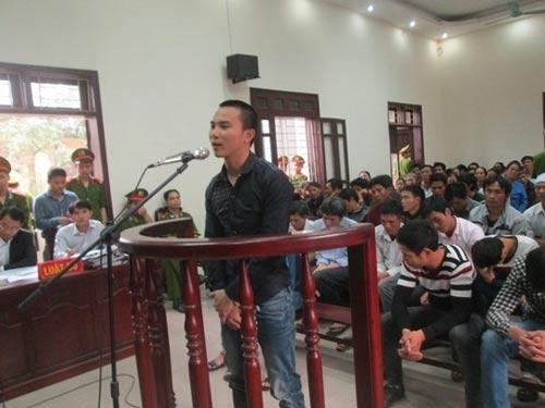Xử vụ hỗn chiến trên sông Yên: Bị cáo khai bị ép cung - 5