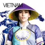 Thích thú ngắm thế giới qua tà áo dài Việt