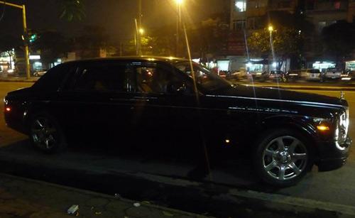 Rolls-Royce Phantom rồng biển Hà Tĩnh xuất hiện ở Hà Nội - 3