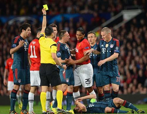"Rooney phủ nhận ""ăn vạ"" trước Schweinsteiger - 6"