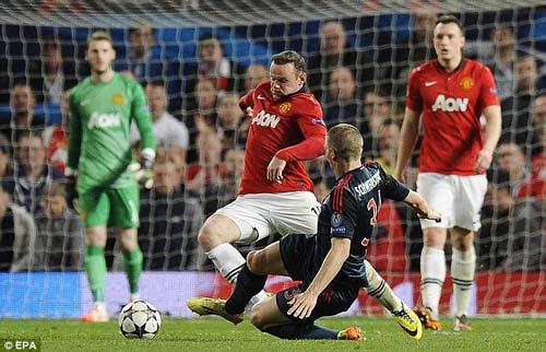 "Rooney phủ nhận ""ăn vạ"" trước Schweinsteiger - 2"
