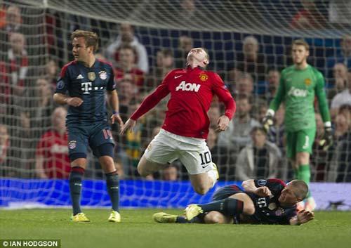 "Rooney phủ nhận ""ăn vạ"" trước Schweinsteiger - 3"