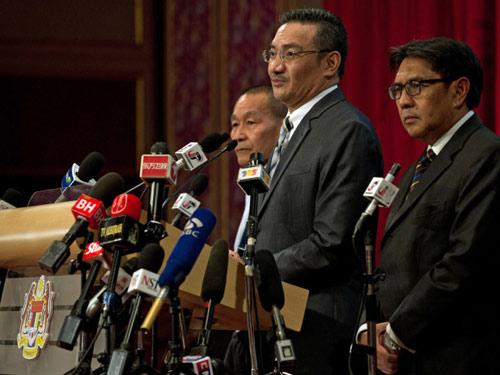 Tìm kiếm MH370: Malaysia ngày càng bực bội với TQ - 1