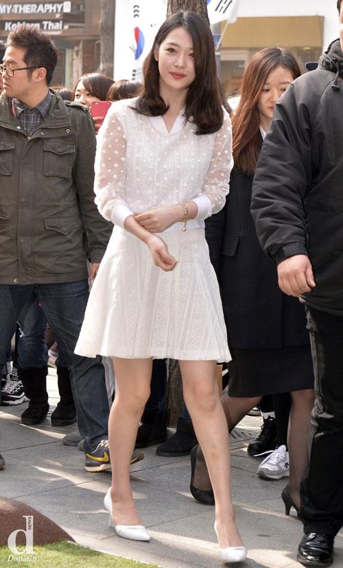 """Mỹ nữ Hàn """"đốn tim"""" fan nhờ màu trắng - 11"""