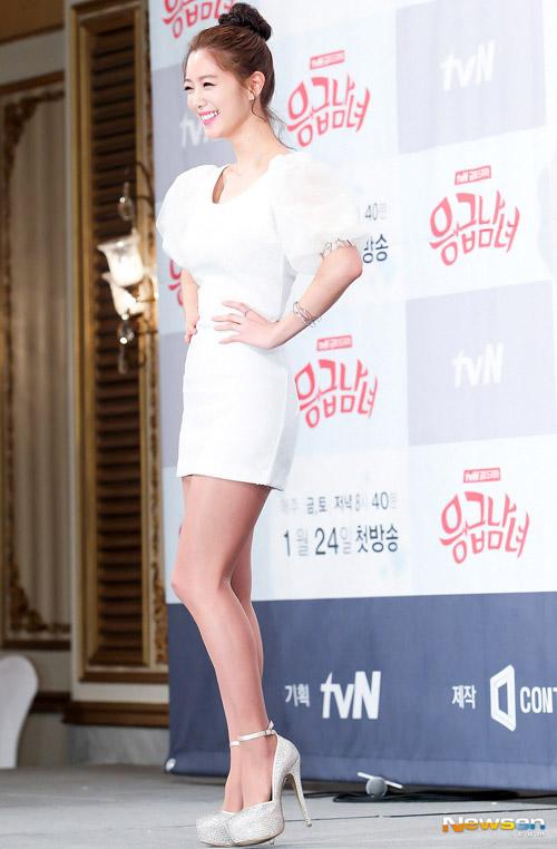 """Mỹ nữ Hàn """"đốn tim"""" fan nhờ màu trắng - 2"""