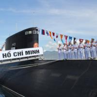Lễ thượng cờ quốc gia trên 2 tàu ngầm Kilo 636