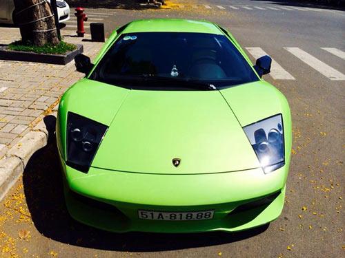 Lamborghini Murcielago xanh cốm thay biển số xe - 2